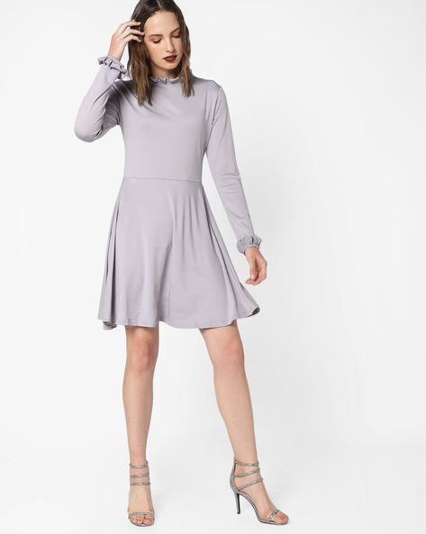 Skater Dress With Ruffle Neckline By Glamorous ( Grey )