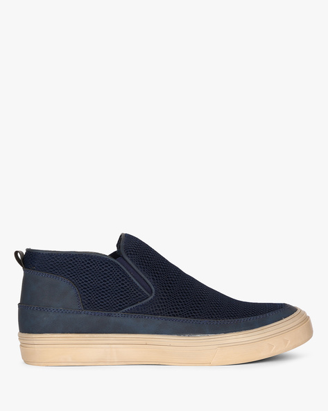 Mid-Top Mesh Slip-On Shoes By CLOZZ ( Blue )