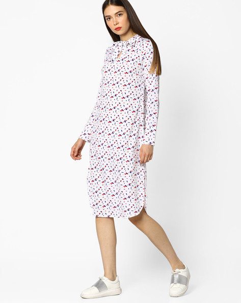 Printed Shift Dress With Tie-Up By AJIO ( White )