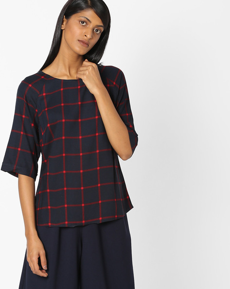 Crew-Neck Checked Top By Vero Moda ( Black )