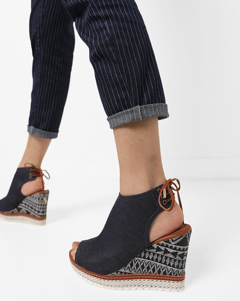 Peep-Toe Wedges With Tie-Up By AJIO ( Darkblue )