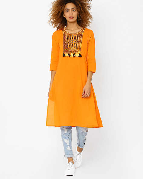 Kurta With Embroidered Yoke And Tassels By Juniper ( Orange )