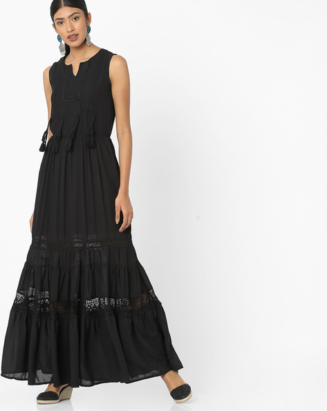 Tiered Maxi Dress With Embroidered Bodice By Tokyo Talkies ( Black )