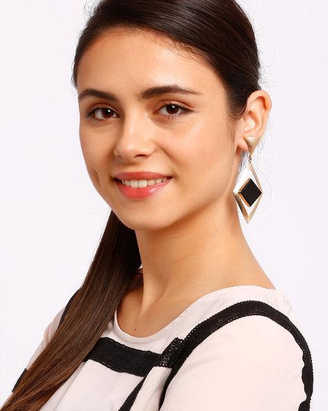 Diamond-Shaped Drop Earrings With Stone By Ssoul ( Black )