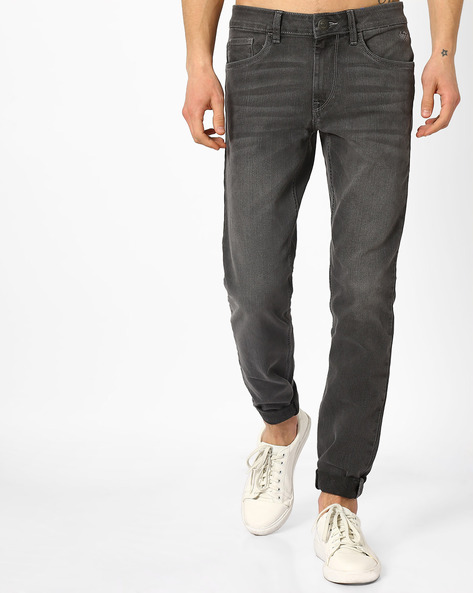 Mid-Washed Tapered Fit Michael Jeans By FLYING MACHINE ( Blue )