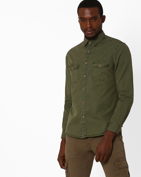 Over-Dyed Twill Utility Slim Shirt By AJIO ( Olive )