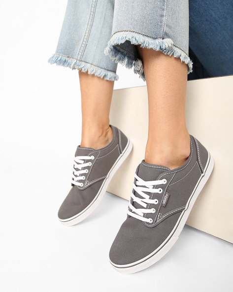 Atwood Low-Top Casual Shoes By Vans ( Pewter )