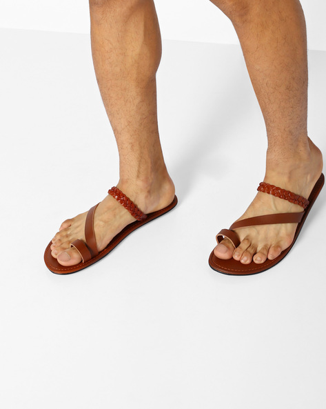 Flip-Flops With Toe-Ring By AJIO ( Tan )