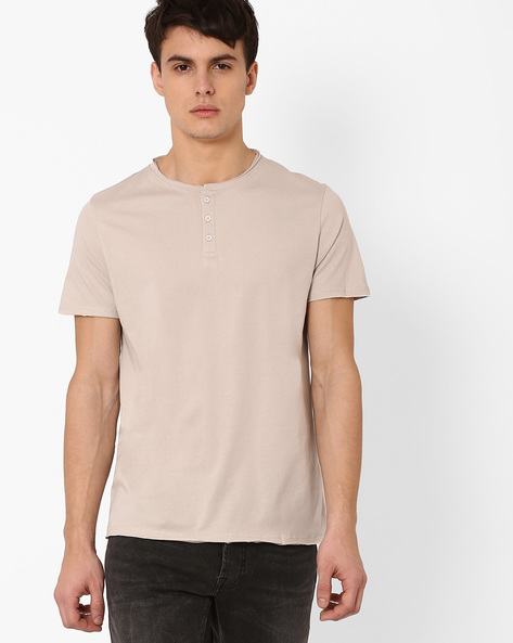Henley T-shirt With Raw Edges By AJIO ( Grey )