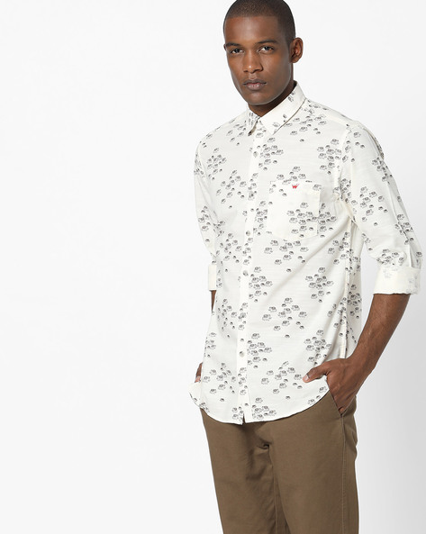Printed Slim Fit Shirt With Patch Pocket By Wills Lifestyle ( Coffeebrown )