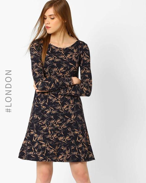 Printed Swing Dress By Marks & Spencer ( Black )