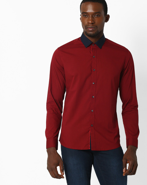 Printed Regular Fit Shirt By NETPLAY ( Red )