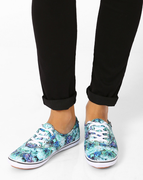 Floral Reflection Casual Shoes By Vans ( Multi )