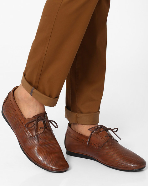 Textured Lace-Ups With Broguing By Modello Domani ( Brown )
