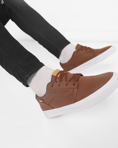 Chapman Stripe Lace-Up Casual Shoes By Vans ( Brown )