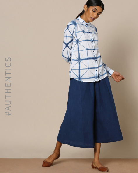 Hand-Dyed Shibori Natural Indigo Cotton Shirt By ANANDA ( Indigo )