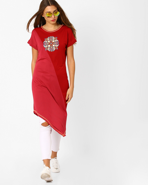 Straight Kurta With Asymmetric Hem By AJIO ( Maroon )