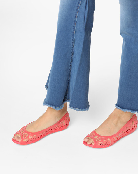 Isabella Peep-Toe Bellerinas With Cutouts By CROCS ( Coral )