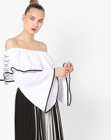 Off-Shoulder Ruffled Top By TRENDYOL ( White )