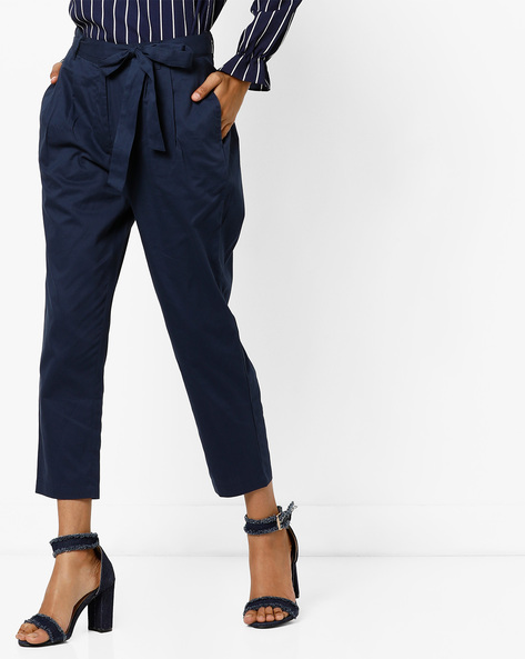 Mid-Rise Cropped Trousers With Waist Tie-Up By AJIO ( Navy )