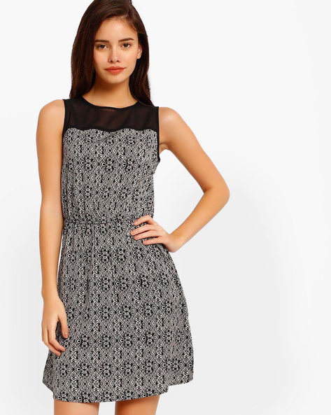 Printed Tailored Dress By Oxolloxo ( Brown )