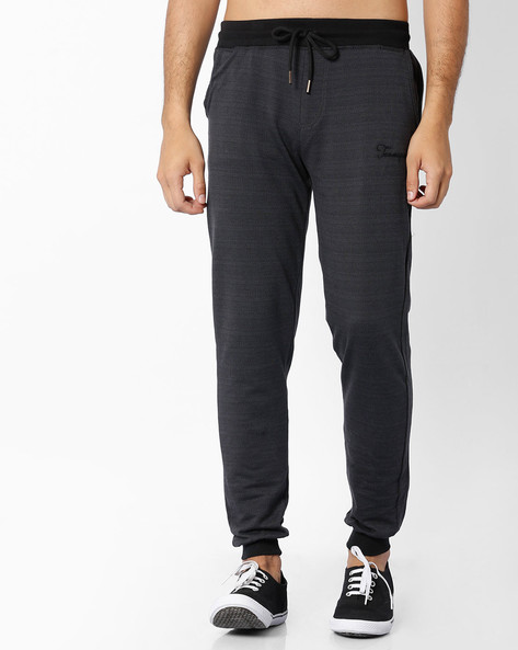 Jacquard Knit Mid-Rise Joggers By TEAM SPIRIT ( Black )