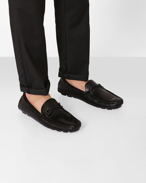 Textured Moccasins With Mock Tie-Up By Spunk ( Black )
