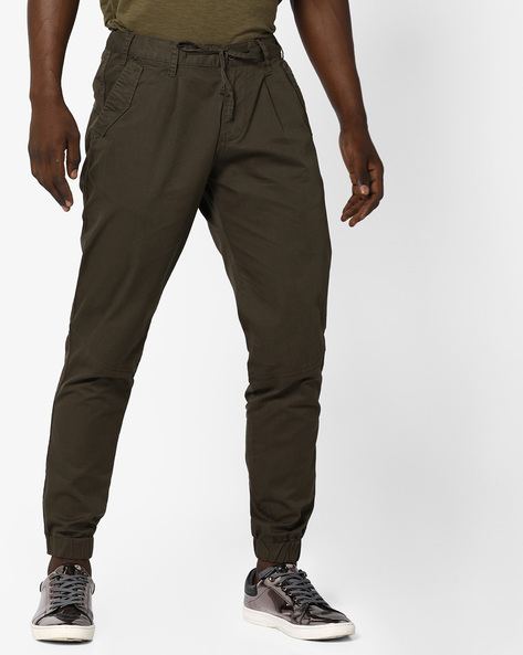 Slim Fit Jogger Pants With Zipper Hems By AJIO ( Olive )