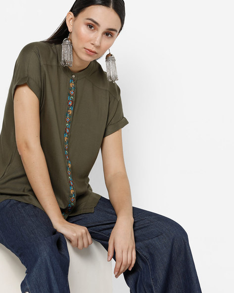 Raglan Top With Concealed Button Placket By Project Eve WW Casual ( Olive )