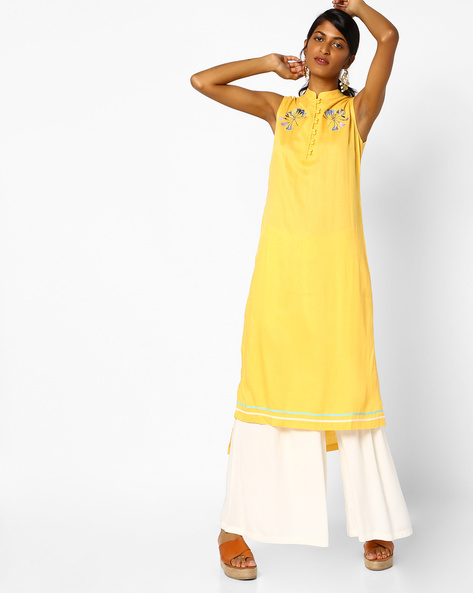 Embroidered Sleeveless Kurta With High-Low Hem By AJIO ( Yellow )