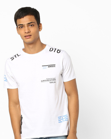 Typographic Print T-shirt With Raw Edges By AJIO ( White )