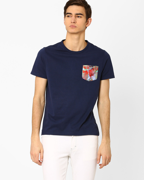 T-shirt With Printed Patch Pocket By AJIO ( Navy )
