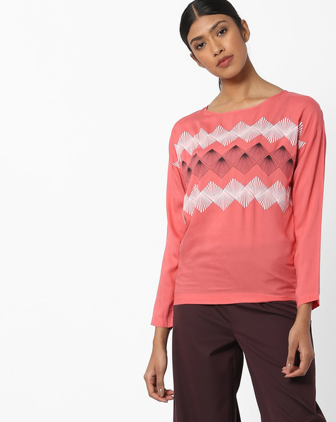Printed Full Sleeves Top By WRANGLER ( Coral )