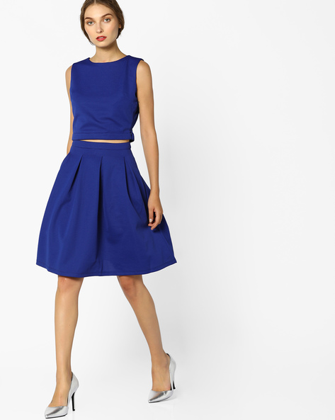 Sleeveless Crop Top With Pleated Skirt By AJIO ( Blue )