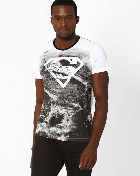 Superman Print Crew-Neck T-shirt By Free Authority ( White )