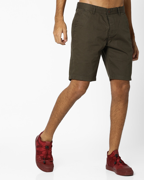 Flat-Front Cotton Shorts By AJIO ( Olive )