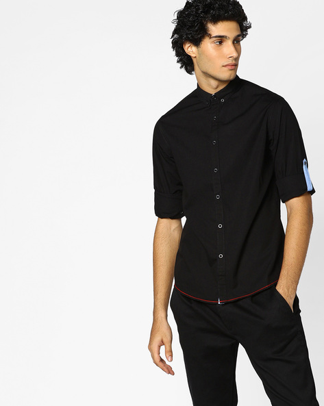 Button-Down Shirt With Roll-Up Tabs By AJIO ( Black )