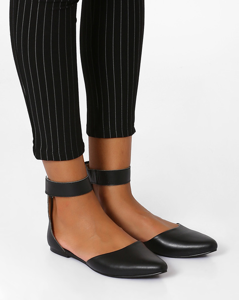 Geniune Leather Pointy-Toe Flat Shoes By Inara ( Black )