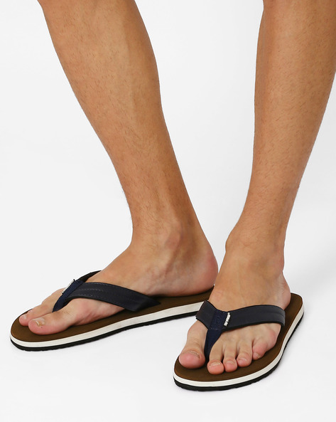 Swoosh Thong-Style Flip-Flops By Sole Threads ( Brown )