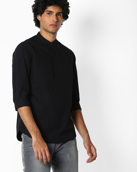 Slim Fit Poplin Shirt With Mandarin Collar By AJIO ( Black )