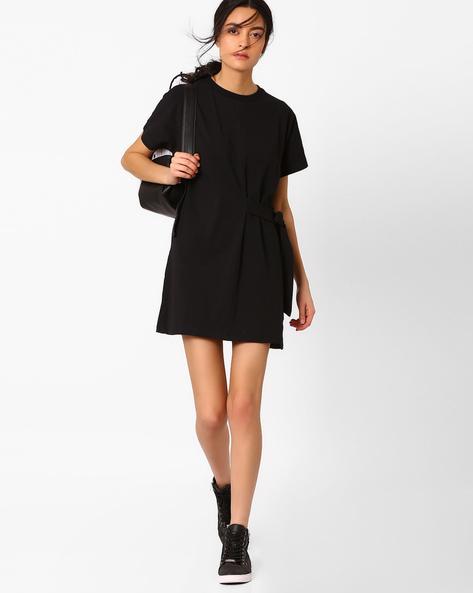 Shift Dress With Sash By AJIO ( Black )