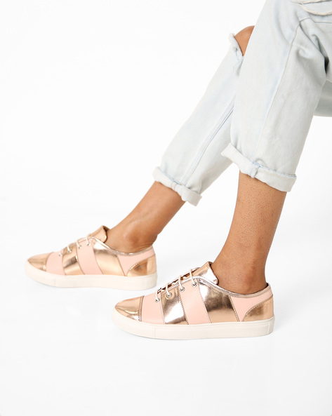 Low-Top Panelled Shoes By AJIO ( Nude )