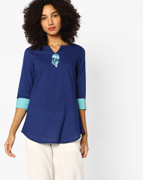 Straight Tunic With Embroidery By AJIO ( Blue )