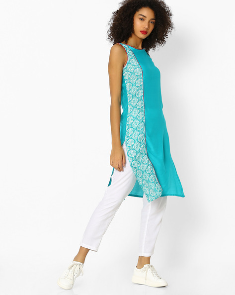 Placement Print Sleeveless Straight Kurta By Aaboli ( Teal )