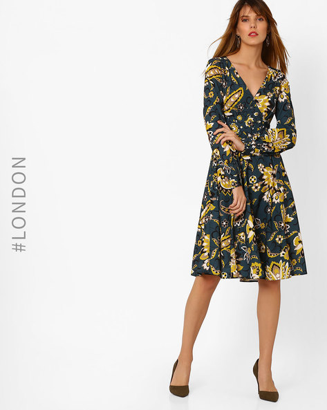 Floral Print V-neck Dress By Closet London ( Multi )