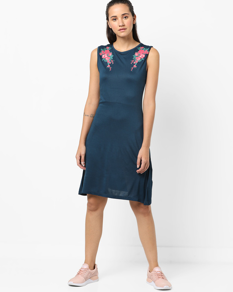 Sleeveless Skater Dress With Floral Print By AJIO ( Teal )