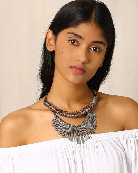 Statement Necklace With Metal Tassels By Indie Picks ( Green )