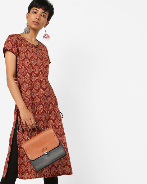 Block Print Kurta With Contrast Tipping By AJIO ( Maroon )