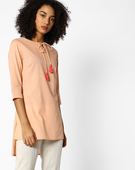 High-Low Tunic With Tassel Tie-Up By AJIO ( Peach )