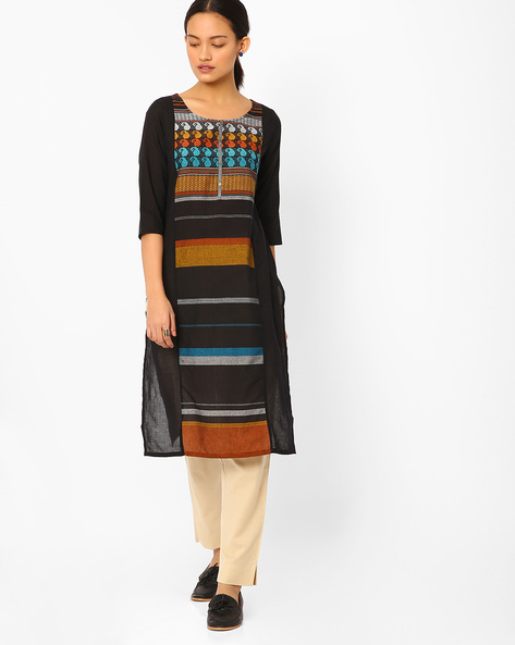 Printed Straight Kurta With Embroidery By AURELIA ( Black )